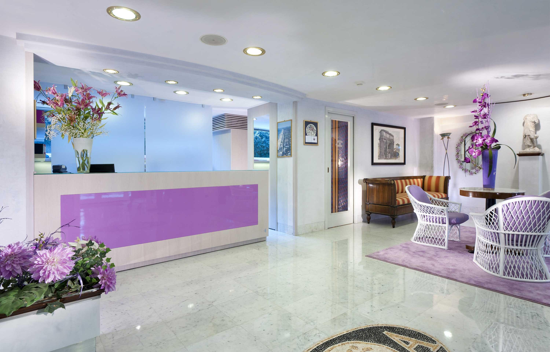 hotel-riccione-reception-ingresso